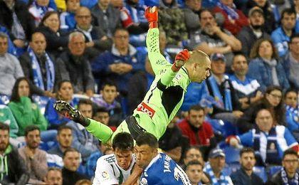 Pau López centra las miradas de los ojeadores.
