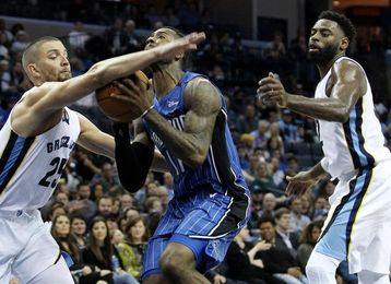 99-106. Fournier da forma al triunfo de los Magic
