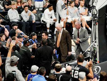 91-112. Thompson y Warriors acentúan crisis perdedora de los diezmados Spurs