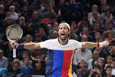Un sólido Verdasco pasa a los cuartos de París al vencer a Thiem