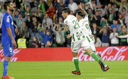 Tonny Sanabria, ´pichichi´ del equipo, celebra el primer gol ante el Getafe el pasado viernes.