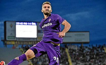 La Fiorentina tiene intención de comprar a Pezzella, según medios italianos.