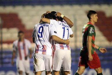 El Cerro Porteño de Leonel Álvarez gana y se aferra al liderato del fútbol en Paraguay