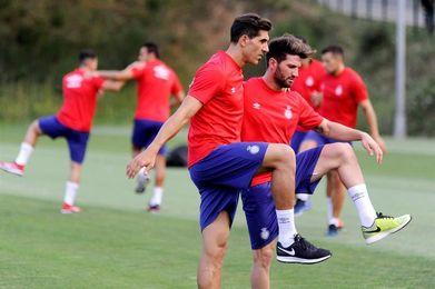 El Girona se entrena sin los cuatro internacionales