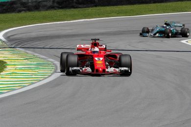 Vettel bate a Bottas en Interlagos y acaricia el subcampeonato