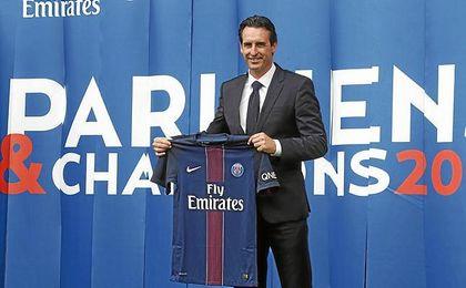 Emery tiene muchos detractores en París.