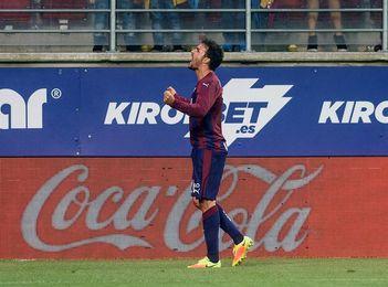 Pedro León, operado otra vez de la rodilla, ve peligrar la temporada