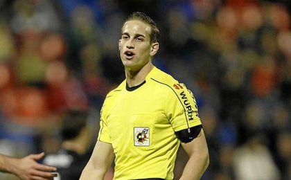 Alberola Rojas pitará en la visita del Sevilla al Villareal
