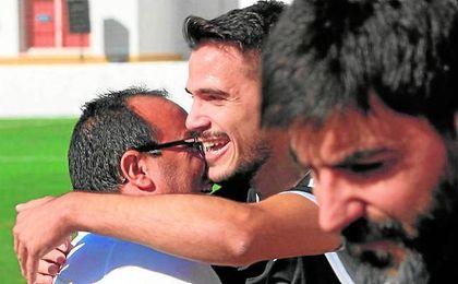 Ávila celebra su gol contra el Alcalá.