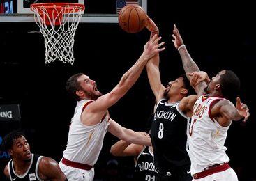 118-107. Dinwiddie ayuda con su ataque al triunfo de los Nets sobre los Jazz