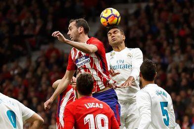 Atlético y Real Madrid empatan sin goles y dejan escapar al Barcelona