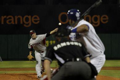 Estrellas vencen Tigres y reasumen el liderato en béisbol dominicano