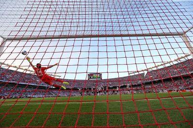 Independiente derrotó a River y San Lorenzo queda segundo tras el líder Boca