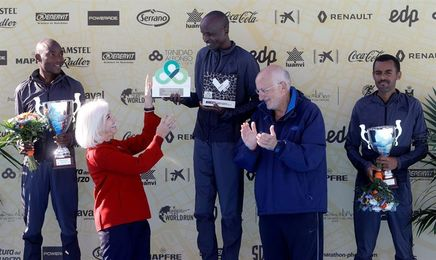 El keniano Kitwara bate el récord de Valencia, el más rápido de España