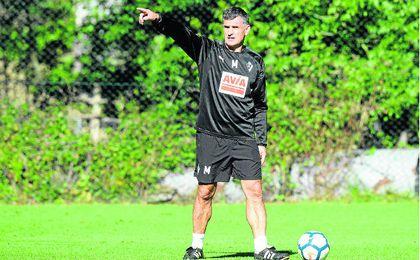 """Mendilibar: """"No podemos ir a lo loco ante el Betis"""""""