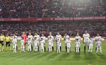 El Sevilla y La Caixa llevan a niños en riesgo de exclusión al partido ante el Celta