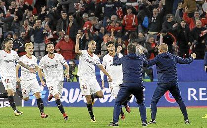 El Sevilla pasó del 0-3... a la locura