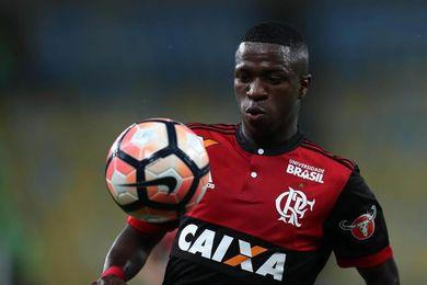 Flamengo y Libertad ganan el primer ´asalto´ ante Junior e Independiente