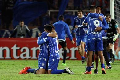 Godoy Cruz vence a Vélez y escala al sexto lugar en Argentina