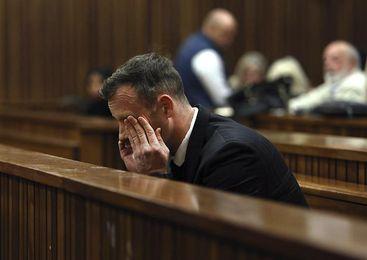 Justicia eleva a 13 años la condena contra Pistorius por asesinar a su novia