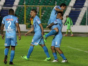El Bolívar consolida su liderato en la liga de fútbol de Bolivia