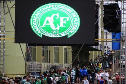 Un fiscal exculpa al Chapecoense y descarta la responsabilidad de los brasileños