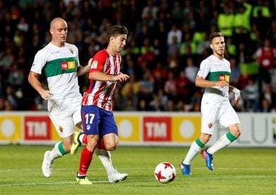 Simeone alinea el once previsto con Torres y Vietto en ataque