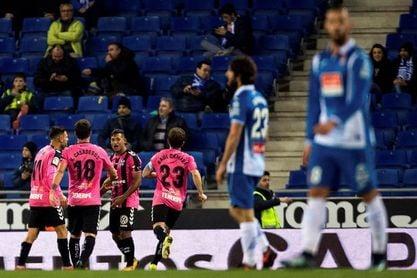 3-2. El Espanyol remonta al Tenerife y pasa a octavos