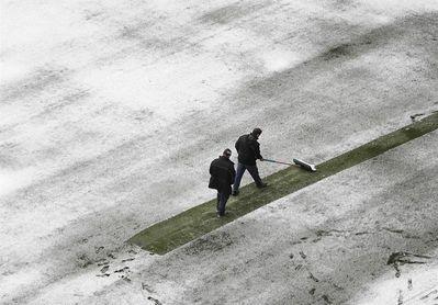 El Sadar presenta una ligera capa de nieve pero se podrá disputar el partido