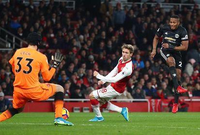 De Gea y Lingard dan el triunfo al United en el Emirates