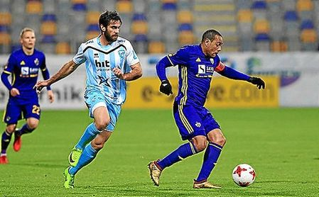 Tavares evita otro desliz del Maribor.