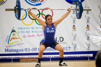 La pesista Margoth Reynoso le da tres oro a Guatemala y Genesis Murcia otras tres a El Salvador