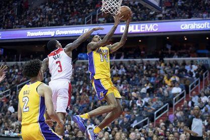 104-107. Ante los Sixers, un triple de Ingram decide el triunfo de los Lakers y corta su racha perdedora