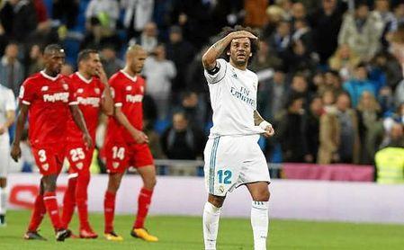 El Sevilla salió dormido al Bernabéu y nunca despertó.