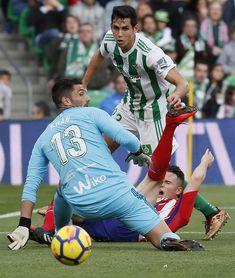 El Atlético gana 0-1 al descanso con un gol de Saúl Ñíguez