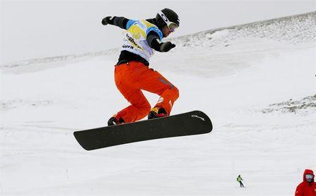 Eguibar acabó tercero en Val Thorens, donde ganó el alemán Berg