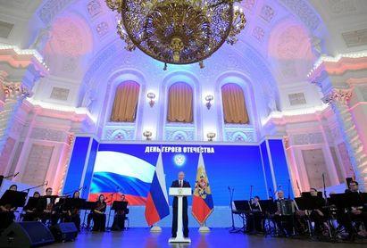 """Putin admite un """"error"""" con Ródchenkov, pero le acusa de trabajar para el FBI"""