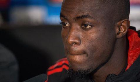 Bailly (Manchester United) estará tres meses fuera por una lesión de tobillo