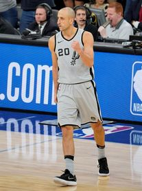 124-109. Paul y James arrollan a Spurs y Rockets logran el duodécimo triunfo