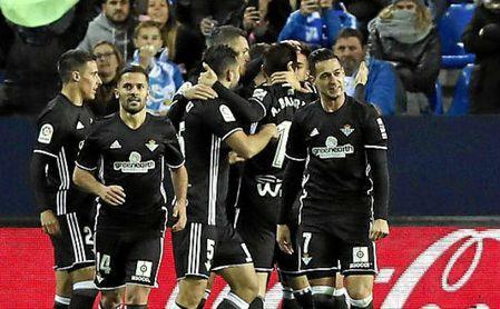 Camarasa marca su primer gol oficial en el Betis