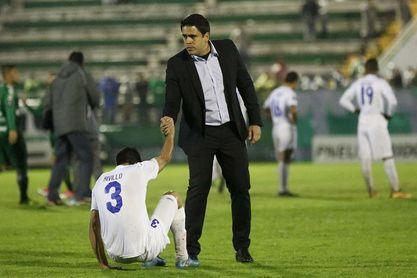 El venezolano Daniel Farías deja de ser técnico del The Strongest boliviano