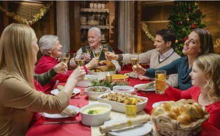Pediatras alergólogos aconsejan vigilar las comidas navideñas por el elevado riesgo de reacciones alérgicas en los niños