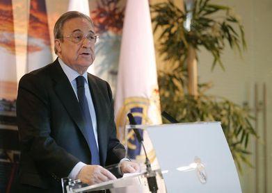 """Florentino Pérez: """"Ha sido un año espectacular con cinco títulos"""""""
