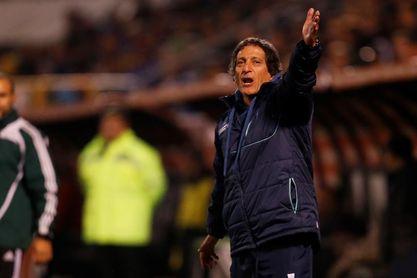 El entrenador chileno Mario Salas firma por dos años con el Sporting Cristal