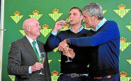 """Joaquín admitió en la comida de Navidad que su sueño es """"ser algún día presidente del Betis""""."""