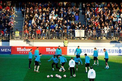 El Real Madrid se da un baño de multitudes tras las vacaciones navideñas
