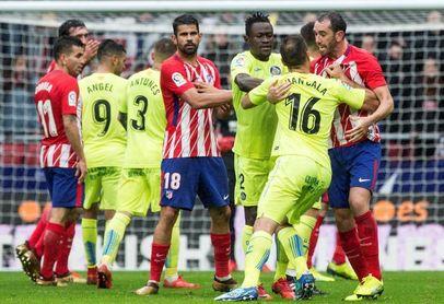 2-0. El Atlético gana un combate con gol y expulsión de Costa
