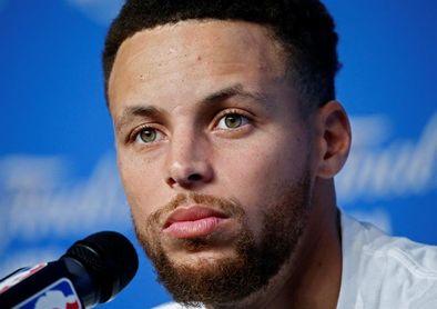 105-121. Curry anota 45 puntos y establece la mejor marca de la temporada