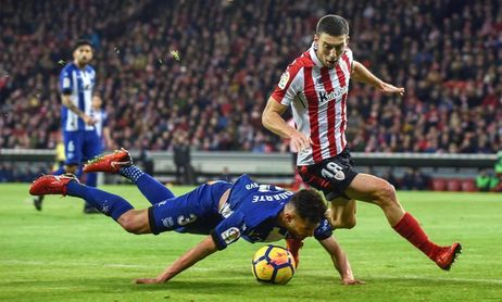 2-0. El Athletic le gana el derbi al Alavés y ya mira a Europa