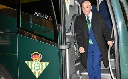 El vicepresidente deportivo del Betis saca pecho tras el histórico resultado en el derbi.